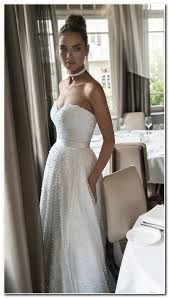 best hairstyle for strapless wedding dress