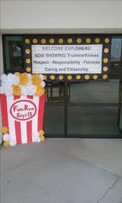 fun office decorating ideas. Movie Classroom, Classroom Themes, Hollywood Theme, School Ideas, Receptionist, Bulletin Board Display, Sunday Fun Office Decorating Ideas