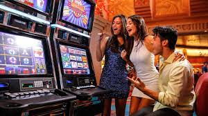 Why did people start choosing to play online casino games?