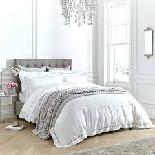 white fluffy comforter queen bedding with pop of color white fluffy comforter queen fluffy white comforter white
