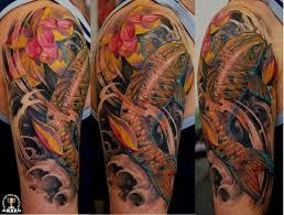 фото тату фотореалистичный карп с лотосом татуировки и эскизы