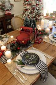 Christmas tablescape with balck and white gingham napkins