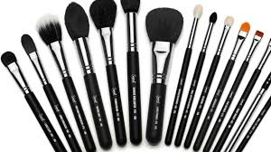 best makeup brush set of 2018 reviewed which brush kit is perfect for you