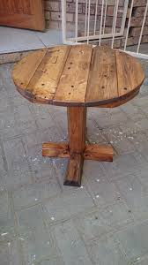 amazing diy pedestal pallet round coffee table 99 pallets intended for pedestal table top