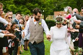 A 1940 S Dress And Vegan Feast For A Humanist Village Hall Wedding