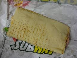 review subway chipotle en and cheese melt