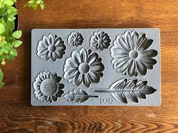 Iron Orchid Designs Iron Orchid Designs Decor Moulds He Loves Me