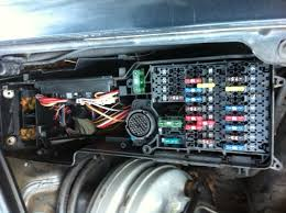 mercedes e diagram under hood drivers side fuse box full size image