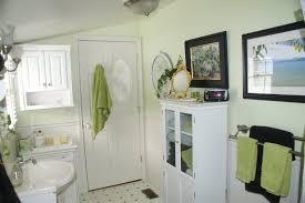 apartment bathroom ideas small