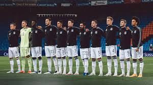 Die deutsche fußball liga hat eine anpassung der hygienevorgaben für die ersten beiden profiligen beschlossen. Weltrangliste Deutschland Nun Auf Platz 14 Dfb Deutscher Fussball Bund E V