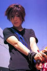 必見デビュー前から現在まで Glay Hisashiの髪型まとめ Naver まとめ