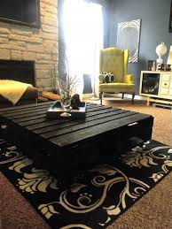 Pallet Coffee Table From Chic Pallet Boutique Chicpalletboutique Pallet Coffee Table Pinterest