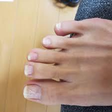 傷んだ爪でもオッケーなネイルシールが便利すぎる ミーハー主婦の