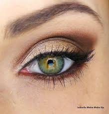 smokey eye makeup for brown eyes smokey eyes hot lips makeup the clic smoky eye is created with black or gray but bronze and brown are also monly