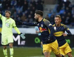 The hosts are undefeated in the last 11 games against sturm graz. Red Bull Salzburg Biegt Sturm Graz Im Spitzenspiel Salzburg24