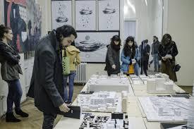 Universitatea De Arte Si Design Diploma Absolventilor Facultatilor Creative Sub Privirile