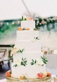 15 Beautifully Simple Wedding Cakes