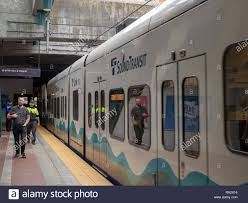 How To Pay For Link Light Rail Passengers Set To Board The Sound Transit Link Light Rail