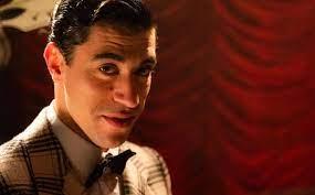 Eduardo Scarpetta chi è, Carosello Carosone, età, fidanzata e vita privata  del giovane attore