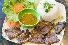 review some of the john r corridor s best bites are at madison heights que huong