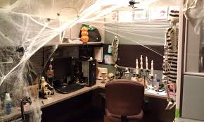 office halloween themes. Halloween Ideas For The Office. Cubicle Decorating Office Spider Hole Cubicleby Themes