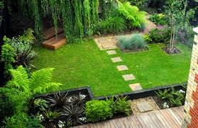 Small Picture Small House Garden Ideas Garden Design Ideas