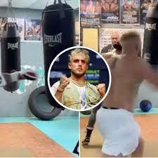 Jake Paul vs Tyron Woodley: YouTuber's ...