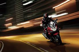 2018 suzuki bandit. interesting suzuki 093014 2015 suzuki bandit gsf1250s al5 action 3 motorcycle to 2018 suzuki bandit