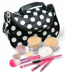 makeup kit for teenage girls. mineral makeup sets with cometic bag, makes a great gift idea for teen girls or kit teenage i