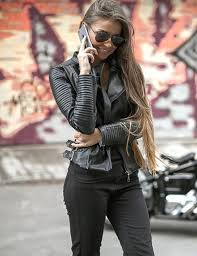 ways to wear leather jacket this fall fashon