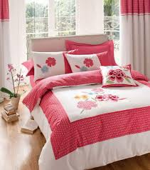 white and red duvet cover