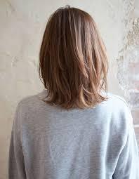 外はねくびれミディアムスタイルtk126 ヘアカタログ髪型