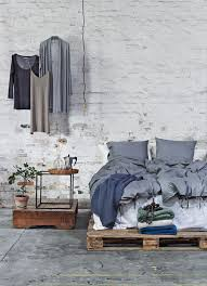i love the look its basically a bed in the middle of the best