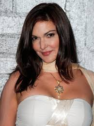 if i were in a locked room with laura harring who pla chuck b s maybe yes maybe no mother on gossip these past few weeks i would have some