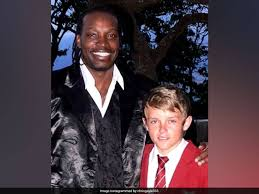 Chris Gayle's Throwback Picture With Kings XI Punjab's Sam Curran ...