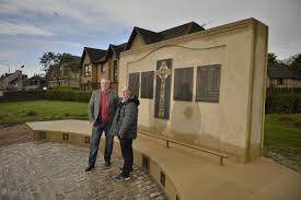 Small Picture War Memorial in Neilston Neilston my heritage Pinterest