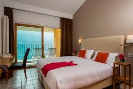 One Bedroom Suite Classic One Bedroom Suites A Parco San Marco