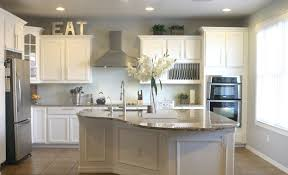 white kitchen wall color