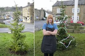 Is This UKu0027s Worst Christmas Tree Residents Hit Out At Townu0027s Worst Christmas Tree