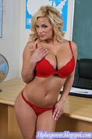Shyla Stylez Nude Sensual Figure