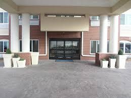 Americas Best Inn And Suites Emporia Emporia Ks United States Pictures Citiestipscom
