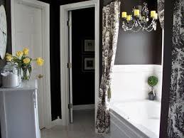 Nice Bathroom Decor Elegant Black And White Bathroom Decor With Nice Curtains Itsevren