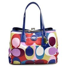 I don t normally like Coach, but I love the colors in this bag.