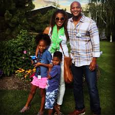 """Wes Moore on Twitter: """"Happiness is… seeing your kids happy. I urge all of  you to enjoy your life, the precious moments you have. #FamilyFIRST  #HappySaturday… https://t.co/nhztxmdA7V"""""""
