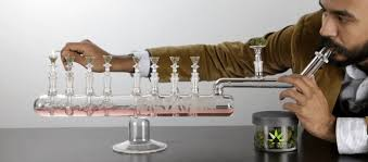 make your high last for 8 days with this bong menorah