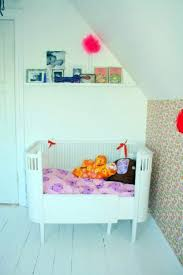 kids bedroom for twin girls. Stylish Kids Room Ideas For Twin Girls In Pink, White And Red Bedroom