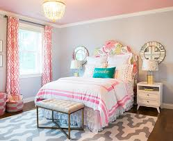 honeyandfitz_brooke'sbedroom - such a great big girls room! Love the idea  of moving