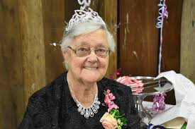 Well-known Laguna resident Ivy Andrews celebrates 90th birthday | The  Advertiser - Cessnock | Cessnock, NSW