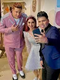أشرف زكي يرد على مشاركة حمو بيكا وعمر كمال في مسلسل روجينا الجديد