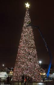 Last but not least the largest Christmas tree, drum roll please, the Mount  Ingino Christmas Tree! The tree is 650 metres (2,130 ft) high and 350 m  wide at ...